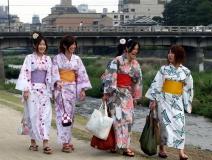geishas-japan-1