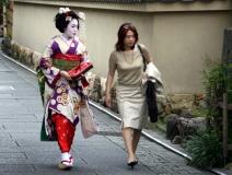 geishas-japan-2